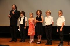 Bernhard Bentgens mit seinen AssistentInnen